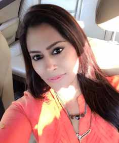 Jaahnavi Bangalore escort Housewife