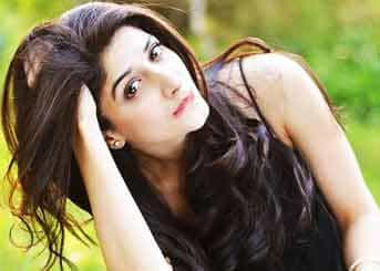 Zoya- Bangalore escorts with attractive and bright eyes