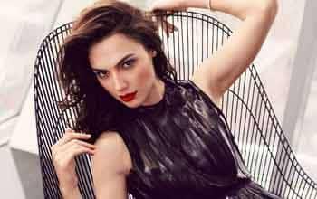 Israeli model posing for Bangalore escorts