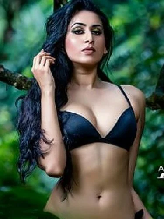 Maalavi  erotic model girl
