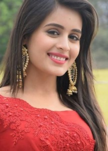 Shanti Nagar escort girl Livinia