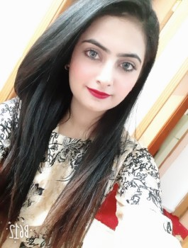 Call Girl in RT Nagar Chamely