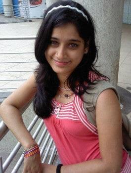 Call Girl in Shivaji Nagar Charanya