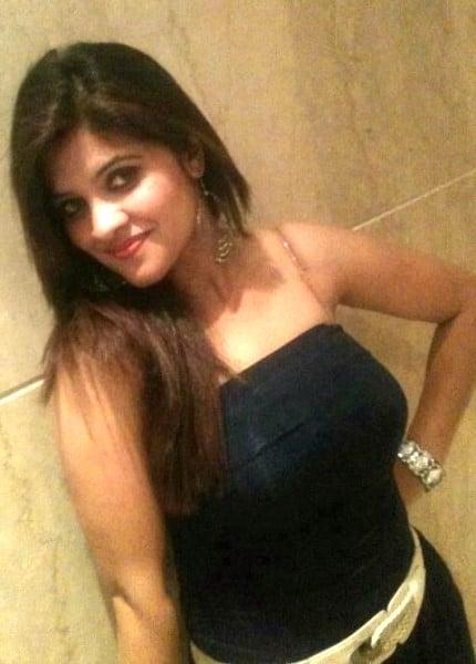 JP Nagar escorts girl Amutha