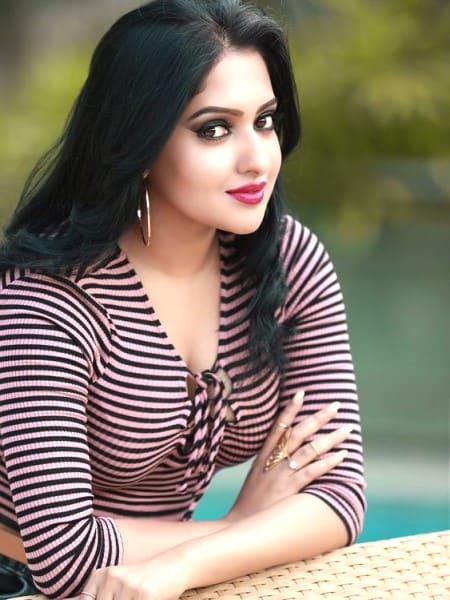 Agra escort girl - Girja