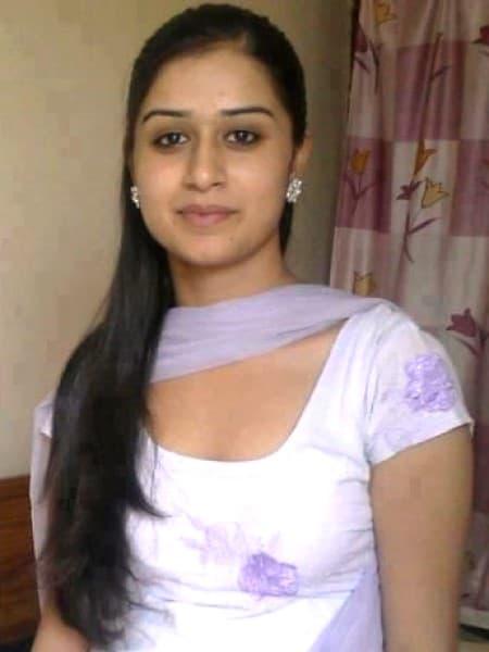 Agra escort girl - Kamala