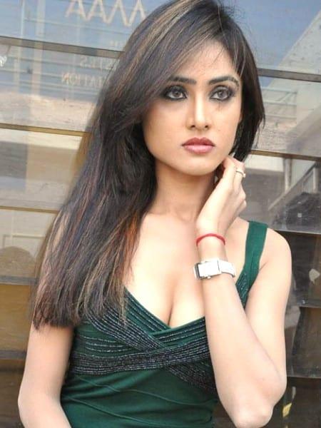 Ahmedabad escort girl - Henrika
