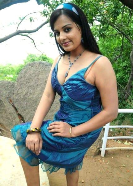 Lakshmy - posing for photo