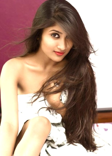 Neha - the hot looking girl
