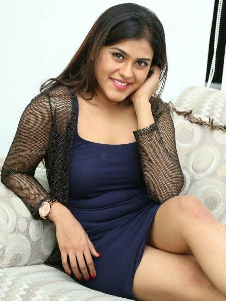 Bhopal escort girl - Addison