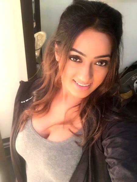 Bhopal escort girl - Amelia