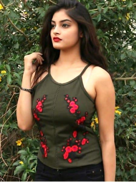 Bhopal escort girl - Hannah