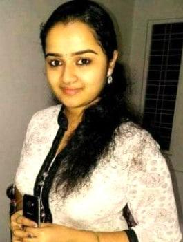 Call Girl in SadashivaNagar - Geetika