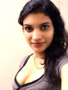 Call Girl in SadashivaNagar - Mukta