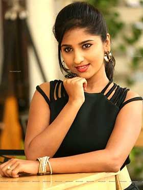 Charulata - Chennai escort girl
