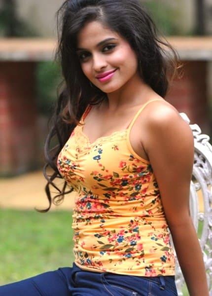 Sona hot and sweet girl