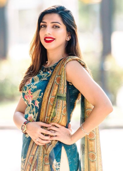 Natsha - superb model girl