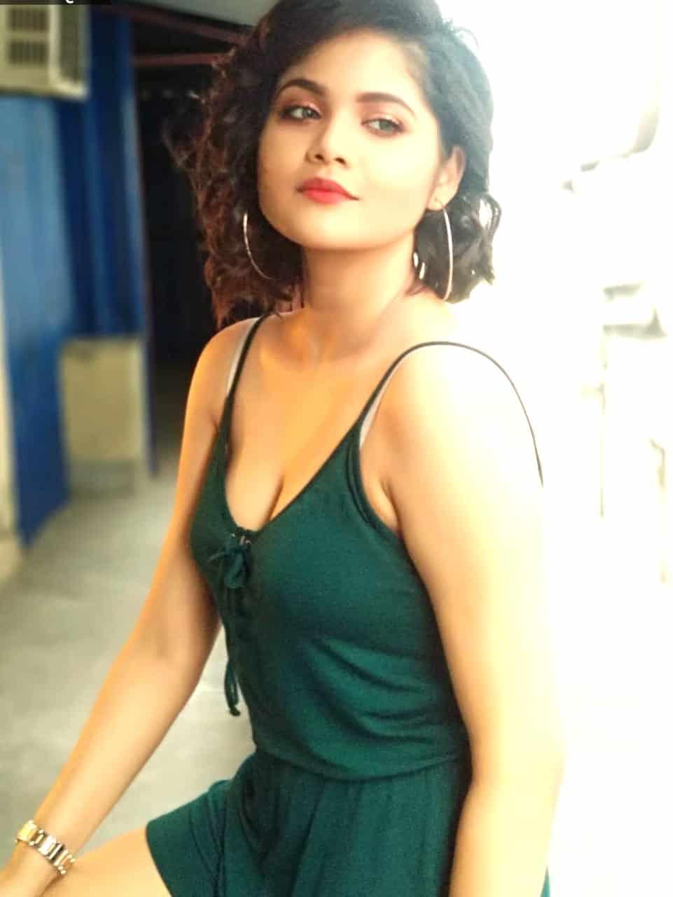Ishmita - Kolkata escort