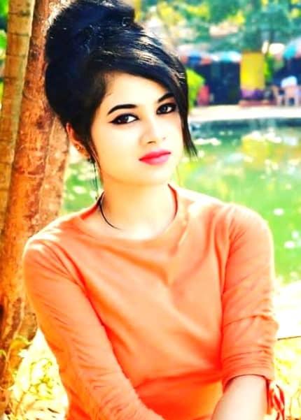 Pallavi hot and sweet girl
