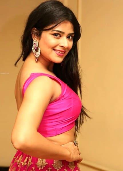 Shraddha in sexy look