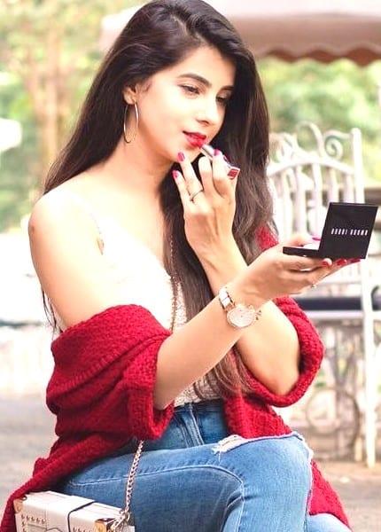 Shraddha hot and sweet girl