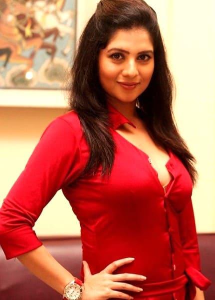 Sharda - hot fashion girl